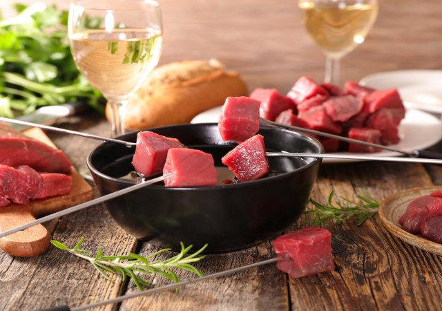 НКР: спрос на мясо в России восстановится не раньше июля-августа 2020 года
